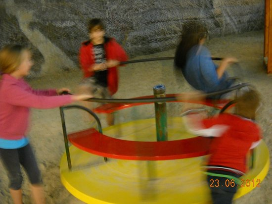 Turda Salt Mine: spinning around