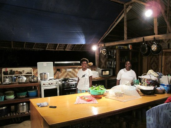 Lissenung Island Resort: The kitchen staff