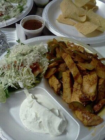 Fiesta Fresh Mexican Grill: chicken fajitas (minus the refried beans & rice)