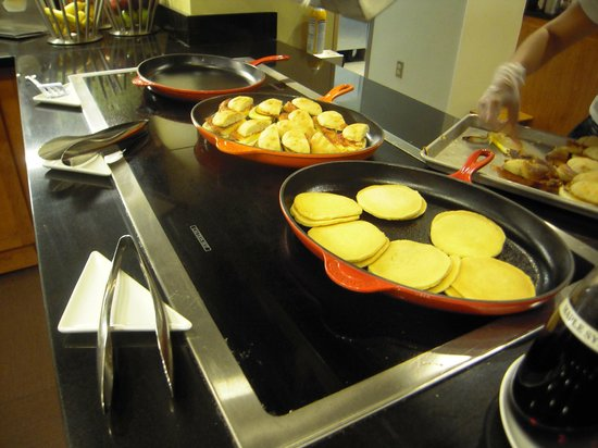 Hyatt Place Ft. Lauderdale Airport & Cruise Port: Breakfast