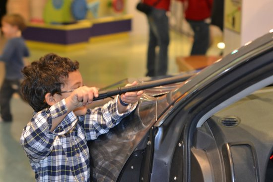 Mississippi Children's Museum: cleaning car windows...car is real!