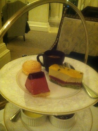 The Shelbourne Dublin, A Renaissance Hotel: High tea