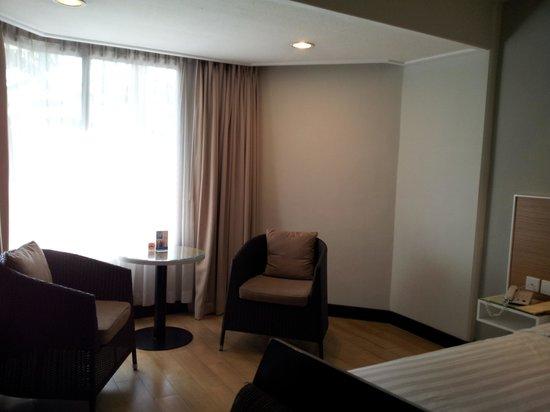 Hotel Santika Premiere Jogja: room again