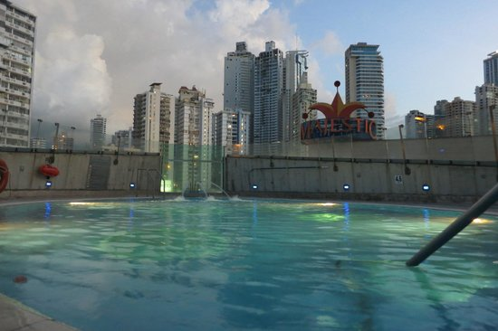 Radisson Decapolis Hotel Panama City: swimming pool