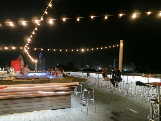 Tantalo Hotel / Kitchen / Roofbar: Roof Bar