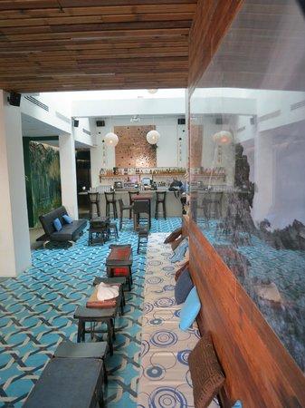 Tantalo Hotel / Kitchen / Roofbar: Lobby/Bar