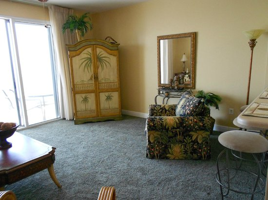 ريزورت كويست رينتالز أت سيلادون: Living area room 606 