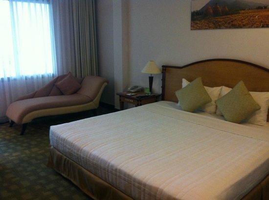Liberty Hotel Saigon Parkview: 房間