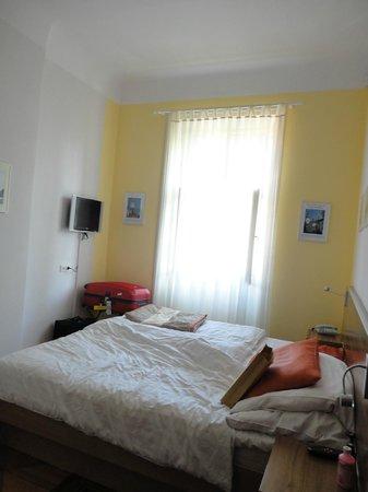 Hotel Monastery: very modest room