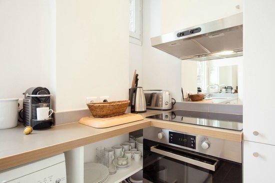 Appart Cesar Coin Cuisine Avec Machine A Laver Le Linge Photo