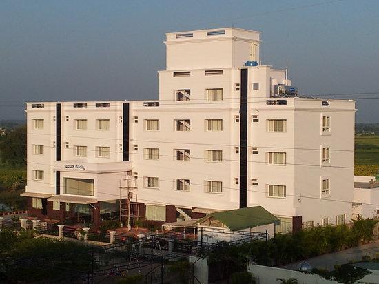 Vinay Residency