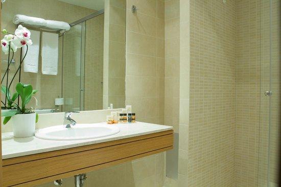 Tripoli City Hotel : bathroom