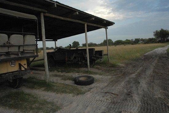 Wilderness Safaris Little Vumbura Camp: Parkplatz
