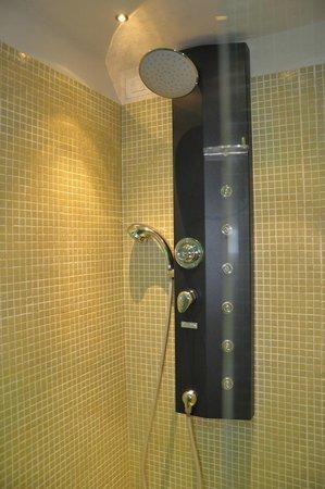 Albergo San Martino: Doccia..non tutte le doccette funzionavano però!