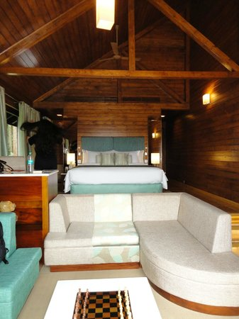 The Tamara Coorg: superbly appointed room