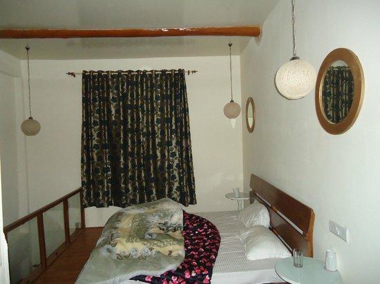 Sparsh Resort: upper room