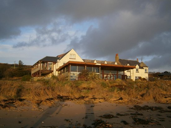 Kildonan Hotel: View from the shore