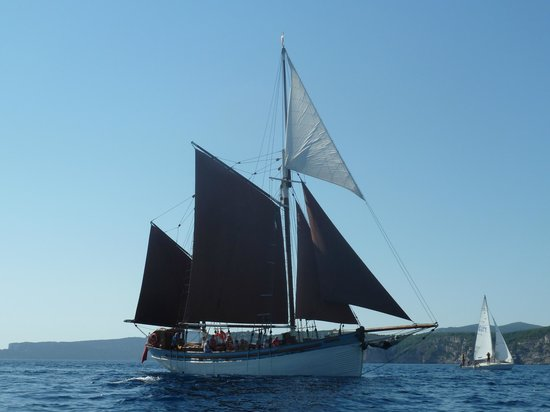 The Andrea Jensen Boat Trip: All sails back to Alghero