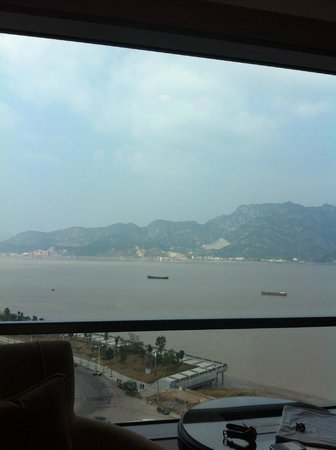 Shangri-La Hotel Wenzhou: view from my room