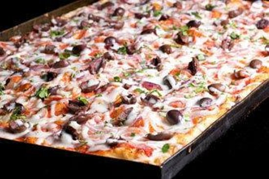 Tony Vespa : Onions and Olives Pizza