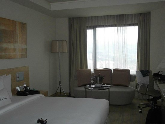 DoubleTree by Hilton Hotel Kuala Lumpur: The room we stayed in.