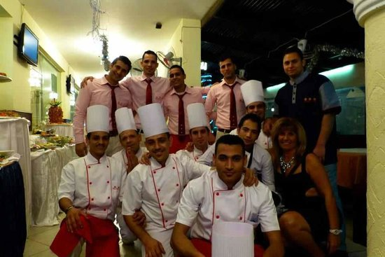 Three Crowns : Chefs after a long xmas and new year