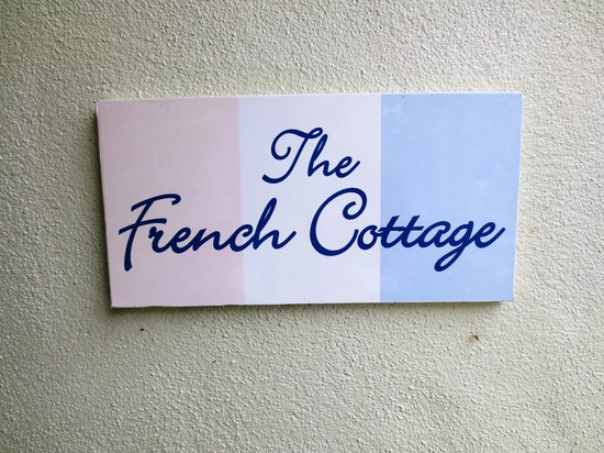 Bed of Roses: The French Cottage