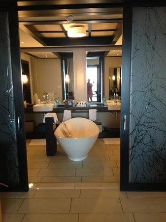 Fairmont Zimbali Resort: bathroom