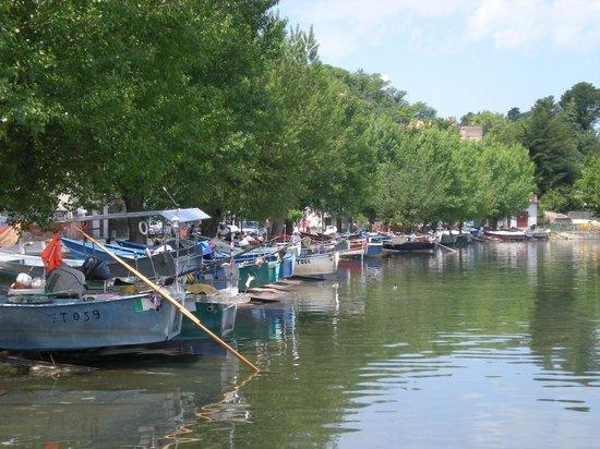 Marta, Italië: Borgo dei Pescatori