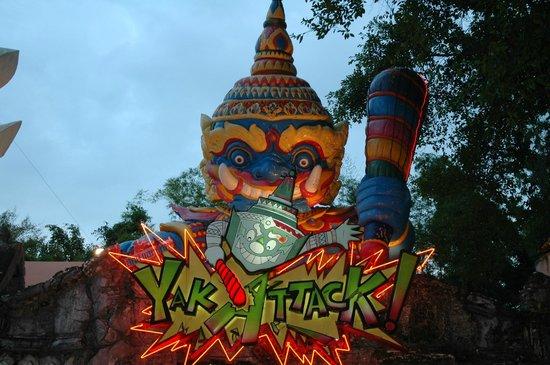 Phuket FantaSea: The carnival-like atmosphere
