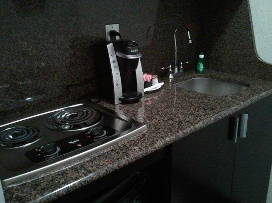 kitchenette - Picture of Kimpton Carlyle Hotel, Washington DC ...