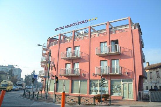 Hotel Marco Polo : L'esterno