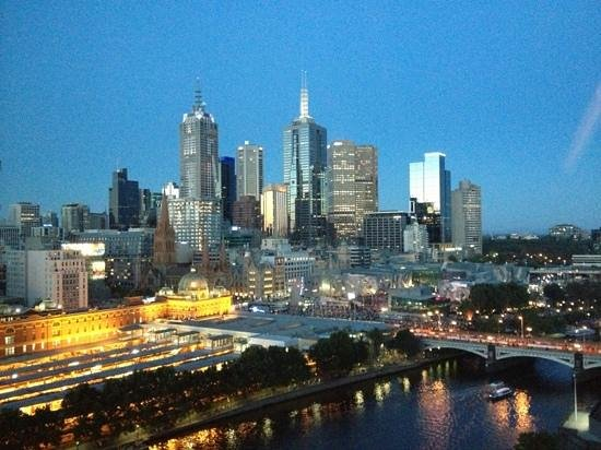 The Langham, Melbourne: The view from our room on level 22