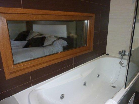 Hotel & Spa Villa de Mestas: baño