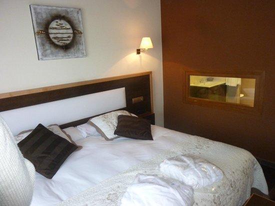 Hotel & Spa Villa de Mestas: habitación
