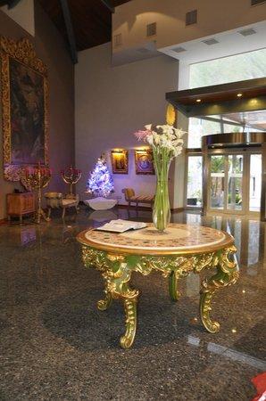 Aranwa Sacred Valley Hotel & Wellness: Hotellobby