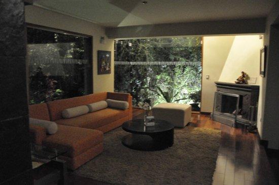 Aranwa Sacred Valley Hotel & Wellness: Suite wohnzimmer