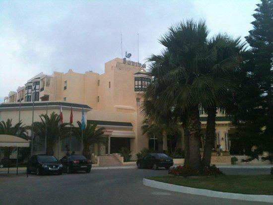 Soviva Resort: Entrance