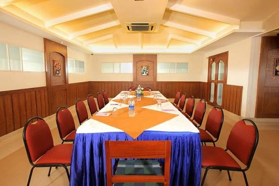 North Pride Hotel : CONFERENCE HALL