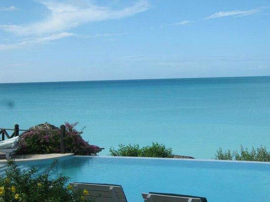 Cocobay Resort: Dining area