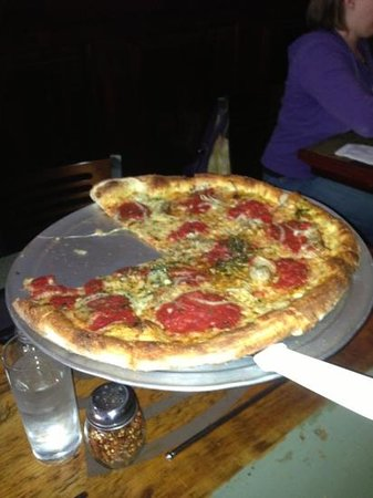 Otto: Sausage & Vidalia onion pizza!!