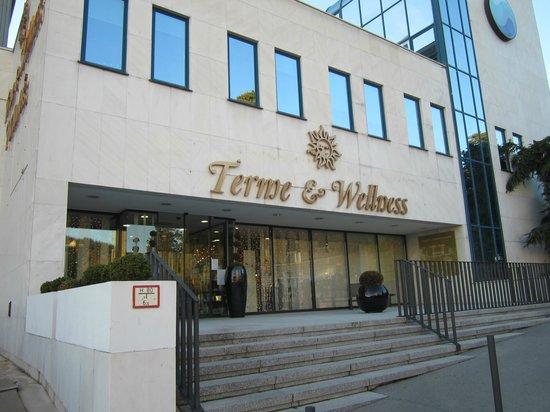 Hotel Mirna - LifeClass Hotels & Spa: INGRESSO DEL CENTRO TERMALE