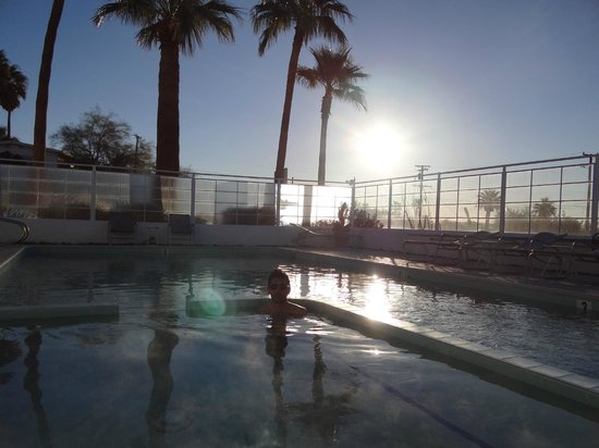 Sagewater Spa: The pool in the morning