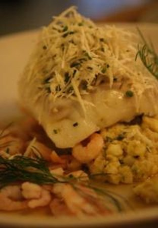 Tvakanten : Cod with prawns and grated horseradish