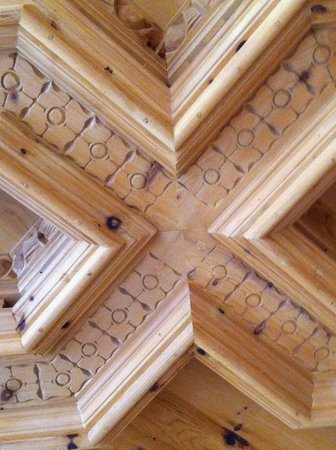 Hotel Castel : Traditional Carved Wood Ceilings in Entryway