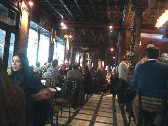 Gran Cafe: indoor deco