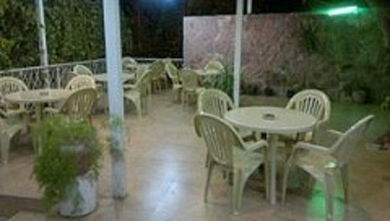 Mussa Spring Hotel: hotel terrace