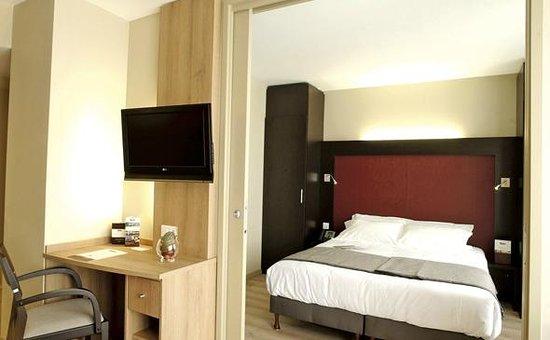 Appart'City Confort Geneve Divonne-les-Bains: Park&Suites Prestige Divonne les Bains - Junior Suite