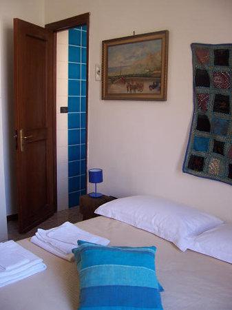 Il Dammuso vacanze short lets: Bedroom 4