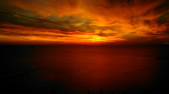 Beau Rivage Resort & Casino Biloxi: Sunset from our room the night we arrived. No alteration done, this is what it looke